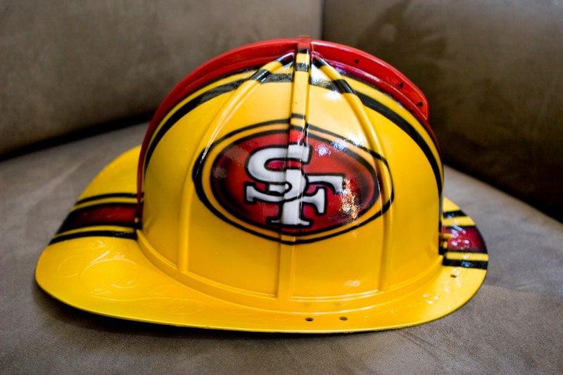 01ladder49er-helmet1